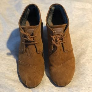 Toms Suede Wedge Heel Womens 8.5